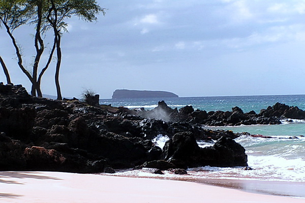 Molokini Island from Wailea Beach